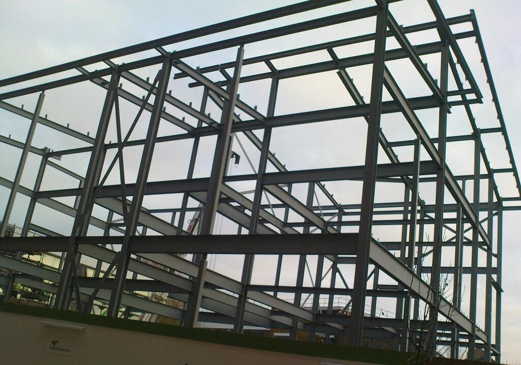 Imagen Estructuras de acero en casas modulares